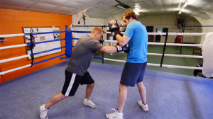 Right Hook to the Body – How to Box (Quick Video)