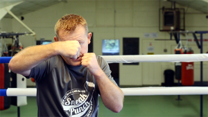 Right Hook – How to Box (Quick Videos)